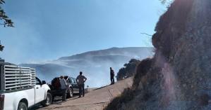 Πυρκαγιά στο Σέλινο: Παραμένει στο σημείο η πυροσβεστική - Πολλές οι ζημιές (φωτο)