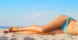 Diy lemon toner να λευκάνετε τις σκούρες επιφάνιες στους αγκώνες κα τα γόνατα