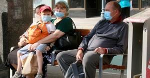 Υποχρεωτική η μάσκα σε δημόσιους χώρους στο Μόναχο – Έως πέντε άτομα στα εστιατόρια