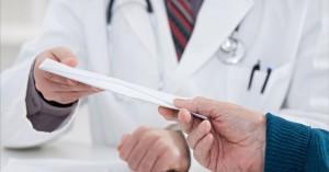 Συνελήφθη καρδιοχειρουργός νοσοκομείου της Αθήνας για «φακελάκι» 2.000 ευρώ