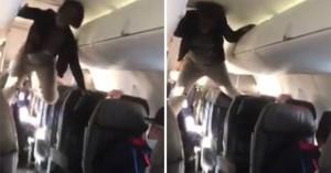 Βίντεο με γυναίκα που παθαίνει αμόκ σε αεροπλάνο και θυμίζει τον «Εξορκιστή»