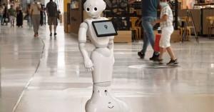 Ρομπότ ελέγχει ποιος δεν φορά μάσκα και σε όποιον δεν το κάνει του το υπενθυμίζει