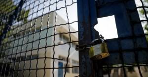 Μειώθηκαν τα σχολεία στα Χανιά που τελούν