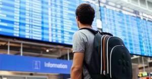 Περιοριστικά μέτρα για πτήσεις από το εξωτερικό εξετάζει η κυβέρνηση