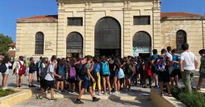 Πορεία πραγματοποιούν μαθητές των Χανίων για τη λήψη μέτρων προστασίας στα σχολεία