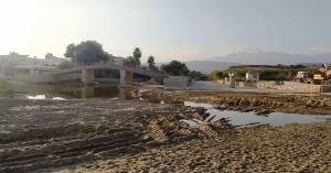 Στα σκαριά νέα μεγαλύτερη πεζογέφυρα στις εκβολές του Κλαδισού από την ΔΕΥΑΧ