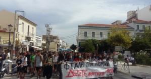 Πορεία στους δρόμους των Χανίων από μαθητές σχολείων