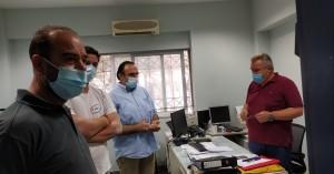 Παρέμβαση στα γραφεία της ΔΕΗ από σωματεία των Χανίων