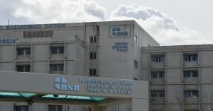 Κορωνοϊός: Στο νοσοκομείο 14χρονος με βαριά συμπτώματα