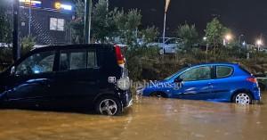 Προβλήματα σε δρόμους των Χανίων από την έντονη βροχόπτωση (φωτο+βιντεο)