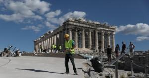 ΑμεΑ για το «τσιμέντο» στην Ακρόπολη: Το ΥΠ.ΠΟ έλυσε τον γόρδιο δεσμό του αποκλεισμού μας