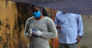 Ξεπέρασαν τα 7,65 εκατομμύρια τα κρούσματα κορωνοϊού στην Ινδία