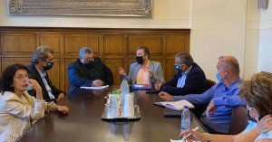 Στα Χανιά ο Σταύρος Αραχωβίτης - Συναντήσεις σε Αντιπεριφέρεια και Κολυμπάρι
