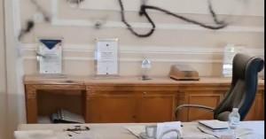 Οικονομικό Πανεπιστήμιο: Επίθεση αγνώστων στο γραφείο του πρύτανη