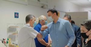 Κικίλιας: Βρέθηκε στο Λαϊκό Νοσοκομείο και ανακοίνωσε νέα έργα