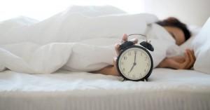 Πότε πρέπει να πας για ύπνο για να ξυπνήσεις φρέσκος το πρωί