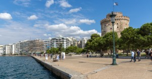 Δήμαρχος Θεσσαλονίκης: Αν χάσουμε και τα Χριστούγεννα θα μιλάμε για οικονομική ερήμωση