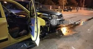 Σφοδρή σύγκρουση δύο αυτοκινήτων στην είσοδο του Πολυτεχνείου Κρήτης στα Χανιά (φωτο)