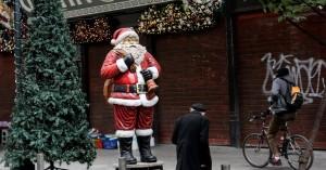 Μόνο 3 στους 10 Έλληνες θα πραγματοποιήσουν φέτος περισσότερες αγορές για τις γιορτές