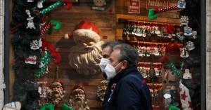 Τα φετινά διαφορετικά κορονο-Χριστούγεννα της Ευρώπης