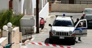 Σαντορίνη: 20χρονος σκότωσε τον ξενοδόχο στο ξύλο - Έλουσε το πτώμα με βότκα και το έκαψε