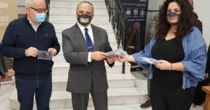 5.500 ειδικές μάσκες από την Περιφέρεια σε εκπαιδευτικούς της Κρήτης