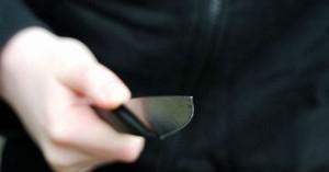 Ηράκλειο: Συλλήψεις ανηλίκων κλεφτών που κρατούσαν μαχαίρια και