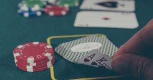 Διπλό χτύπημα ΕΛ.ΑΣ. σε παράνομο τζόγο και κορωνοϊό - Πέντε συλλήψεις σε μίνι καζίνο