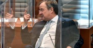 Άρμιν Λάσετ: Ο διάδοχος της Μέρκελ που εξελέγη νέος πρόεδρος του CDU με 521 ψήφους