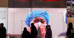 Συγγενείς θυμάτων του κορωνοϊού στην Ουχάν καταγγέλλουν δωροδοκίες και εκφοβισμό