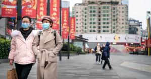 Κίνα: Επικρίσεις για το πρωκτικό τεστ κορωνοϊού στους ταξιδιώτες εξωτερικού