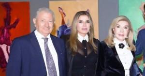 Η πρόεδρος της «Ελπίδας» Μ. Βαρδινογιάννη «αποχαιρετά» τον Σήφη Βαλυράκη