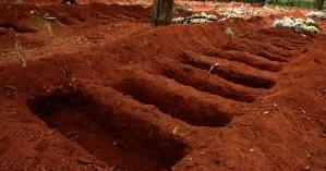 Φριχτό τέλος για 42χρονο που άνοιγε τάφους: Το χώμα έπεσε πάνω του και τον εγκλώβισε