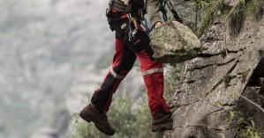Πάρνηθα: Ανασύρθηκε χωρίς τις αισθήσεις του ο αγνοούμενος ορειβάτης