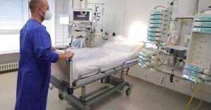 Κορωνοϊός: Οι τρεις κατηγορίες των ασθενών που νοσηλεύονται