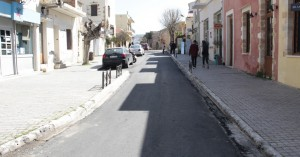 Ολοκληρώθηκαν οι εργασίες ασφαλτόστρωσης στην οδό Καλλεργών (φωτο)