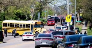 ΗΠΑ : Μαθητής του σχολείου στο Νόξβιλ ο ένοπλος που έπεσε νεκρός από τα πυρά αστυνομικών