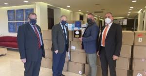Ελληνοαυστραλός επιχειρηματίας δώρησε στα Χανιά 100.000 μάσκες στην ΑΧΕΠΑ