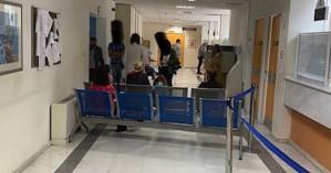 Χανιά: Είχαν ραντεβού στο ΙΚΑ και τους εξυπηρετούσε... μία υπάλληλος (φωτο)