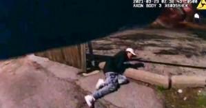 ΗΠΑ: Σοκ από το βίντεο με το θανάσιμο τραυματισμό του 13χρονου από αστυνομικό