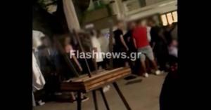 Οι συνέπειες από το κορωνοπάρτι της Σπλάντζιας στα Χανιά - Δυο πρόστιμα και δικογραφία