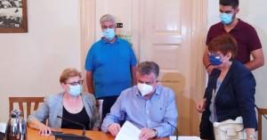 Συμβάσεις 2.423.800 Ευρώ για έργα στην Π.Ε. Ρεθύμνου υπέγραψε σήμερα ο Περιφερειάρχης
