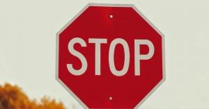 Γιατί η πινακίδα του «Stop» είναι οκτάγωνη;