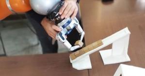 ΑΠΘ: Κατασκευάζει ρομπότ για τη βιομηχανία που θα μαθαίνει από τον άνθρωπο