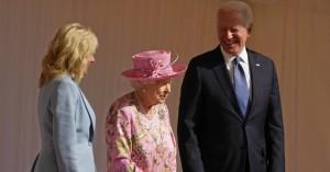 Η Βασίλισσα Ελισάβετ εντυπωσίασε τον Tζο Μπάιντεν: «Μου θυμίζει την μητέρα μου»