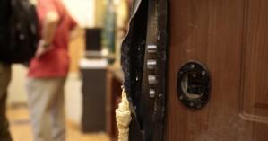 Η δραματική ιστορία πίσω από τη διάρρηξη στο γραφείο του Ευκλείδη Τσακαλώτου