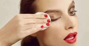 Λάθη στο ντεμακιγιάζ που βλάπτουν στο δέρμα σας