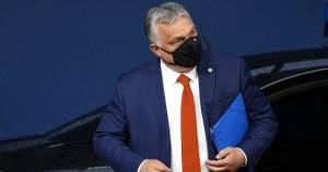 Ουγγαρία: Ψηφίστηκε νόμος που απαγορεύει την «προώθηση» της ομοφυλοφιλίας