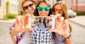 Τι πιστεύουν οι άλλοι για εσάς όταν ανεβάζετε selfies στα social media