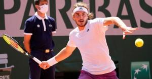 Στέφανος Τσιτσιπάς: Έχασε τη γιαγιά του πέντε λεπτά πριν τον τελικό του Roland Garros